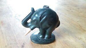 Elephant-pyrogene-en-regule-ou-etain-XIXe-peinture-origine-une-defense-cassee