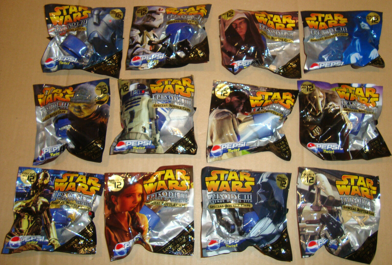 STAR WARS EPISODE III SPECIAL BOTTLE CAPS SET 12 PZ PEPSI 2005 (GUERRE STELLARI)
