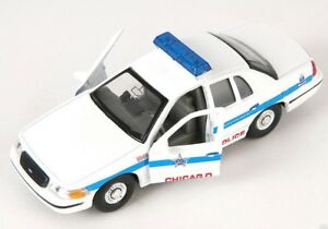 BLITZ-VERSAND-Ford-Crown-Victoria-Chicago-Police-Modell-Auto-Welly-1-34-NEU-OVP
