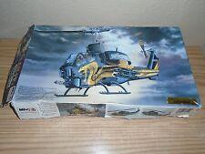1/35  AH-IT Super Cobra Helicopter Gold Cobra MRC