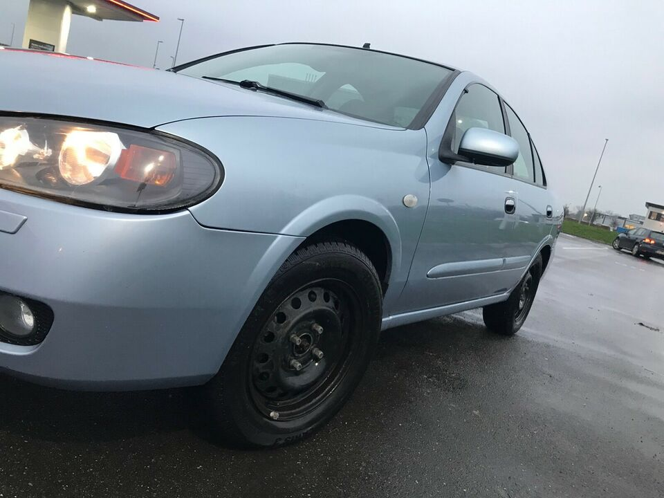 Nissan Almera, 1,8 Delta, Benzin