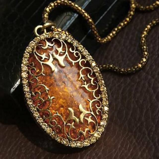 1 Pc Women Gold Color Chain Amber Stone Pendant Necklace Long Statement Jewelry