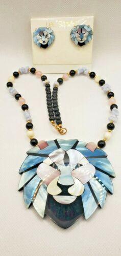 Retro 1980 Black Onyx Beads Lee Sands Lion Pendant Necklace Blue Agate Beaded Necklace wPink Quartz Blue Pink /& White Mosaic Lion Head