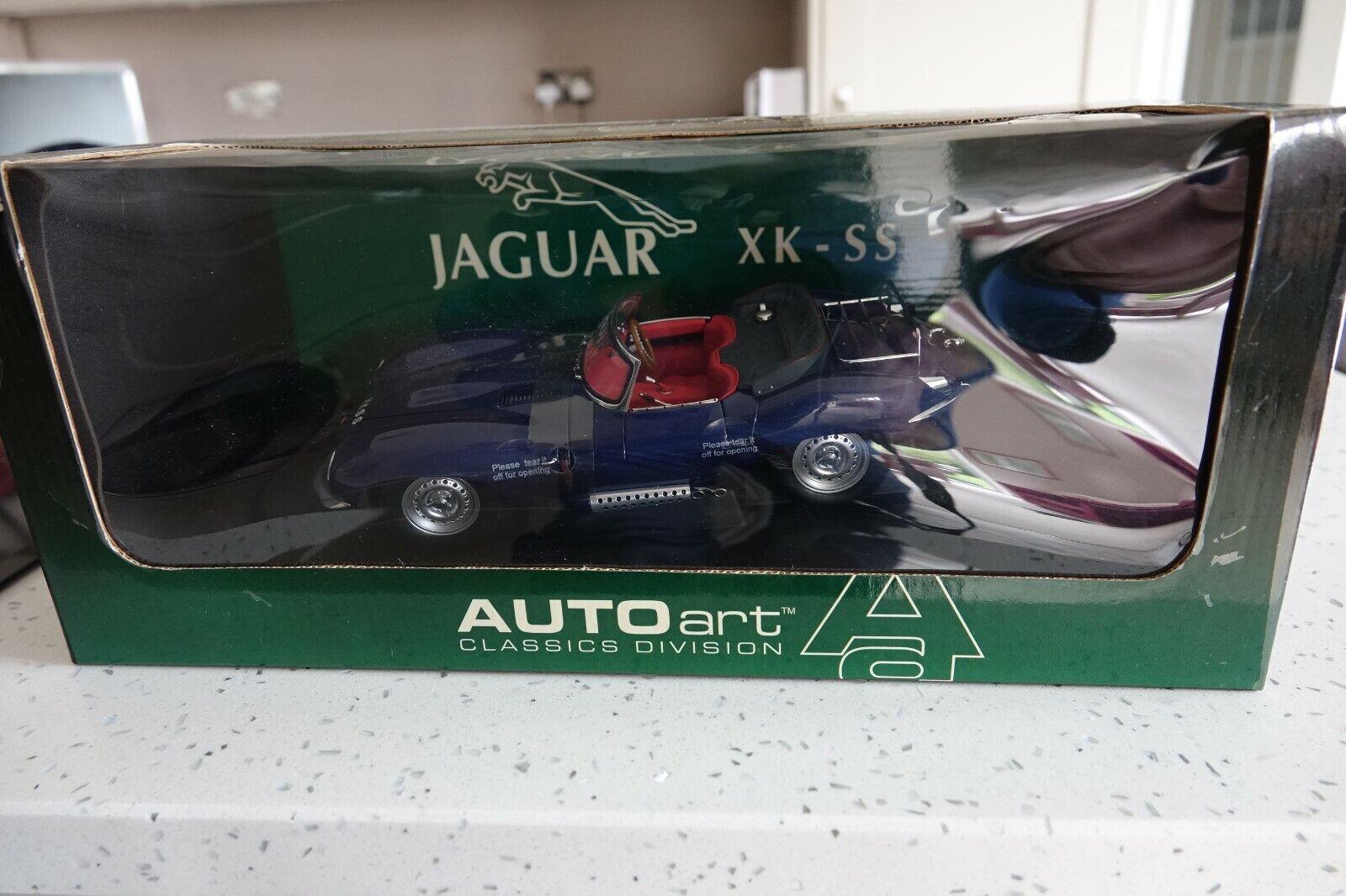 risparmia fino al 70% JAGUAR XK-SS XK-SS XK-SS 1 18 Autoart blu come nuovo in scatola Quasi Nuovo  Garanzia del prezzo al 100%