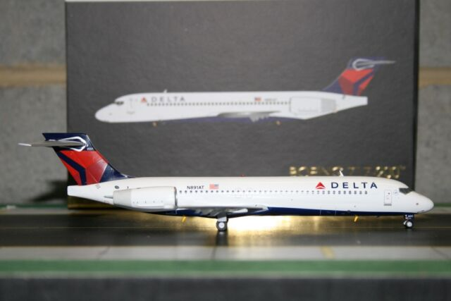 Gemini Jets 1:200 Delta Airlines Boeing 717-200 N891AT G2DAL538 Model Air-Plane