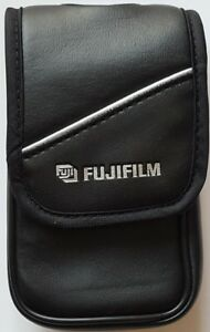 Fujifilm-Faux-Leather-Digital-Camera-Case-W-Microfiber-Black-01201820