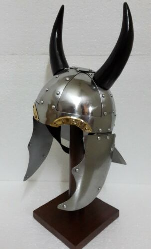 Armour Helmet Viking Horn With liner free helmet stand