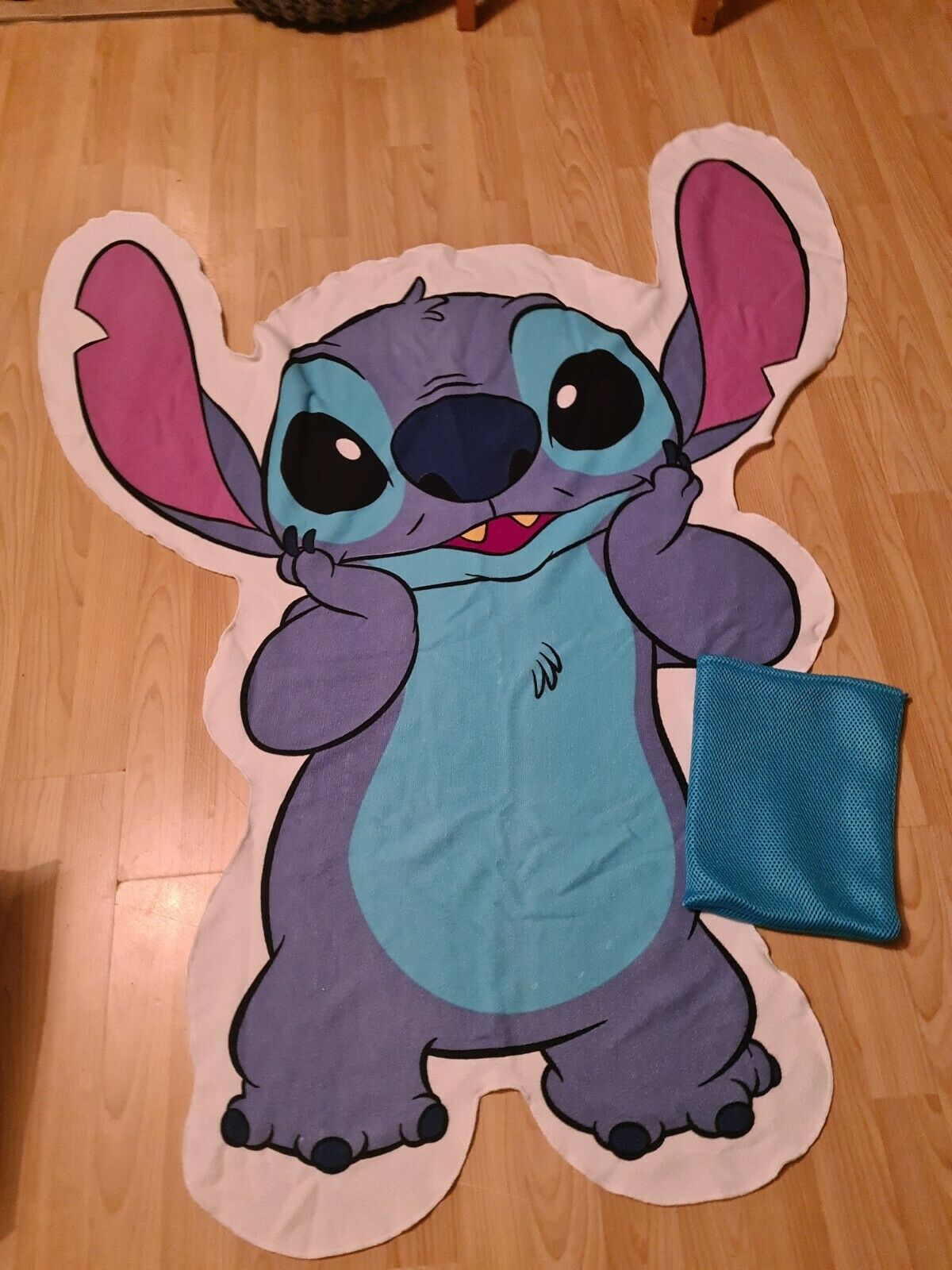 DISNEY LILO & Stitch 113CM X 142CM Stitch Shape Beach Towel In A Bag New