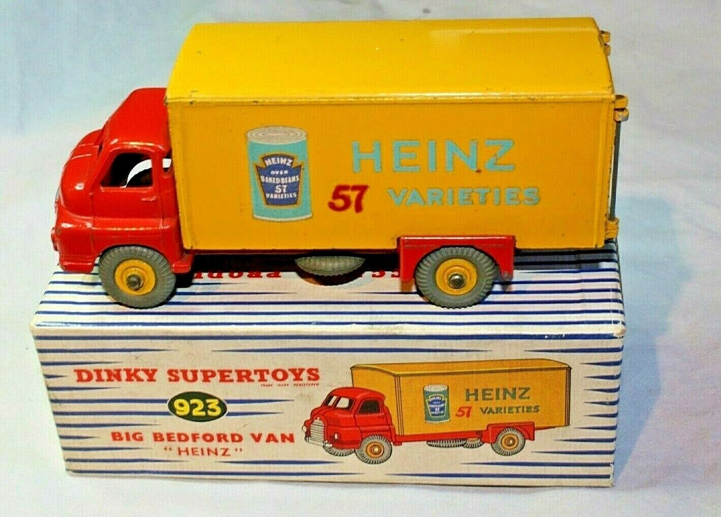 Dinky 923 BIG BEDFORD VAN (Heinz), excellent état en bonne boîte d'origine