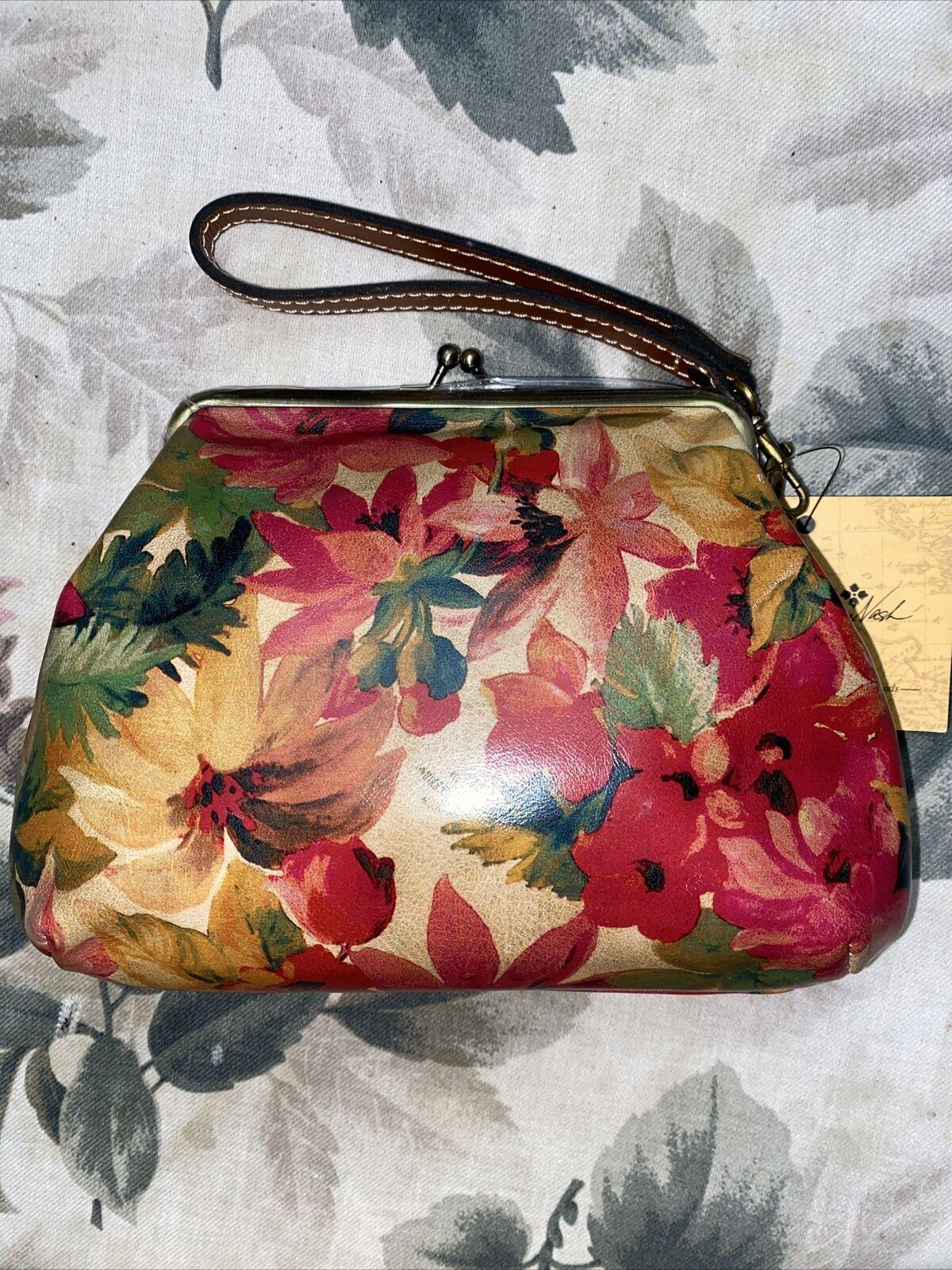New Patricia Nash Floral Multi Color Savena Italian Leather Wristlet NEW CUTE