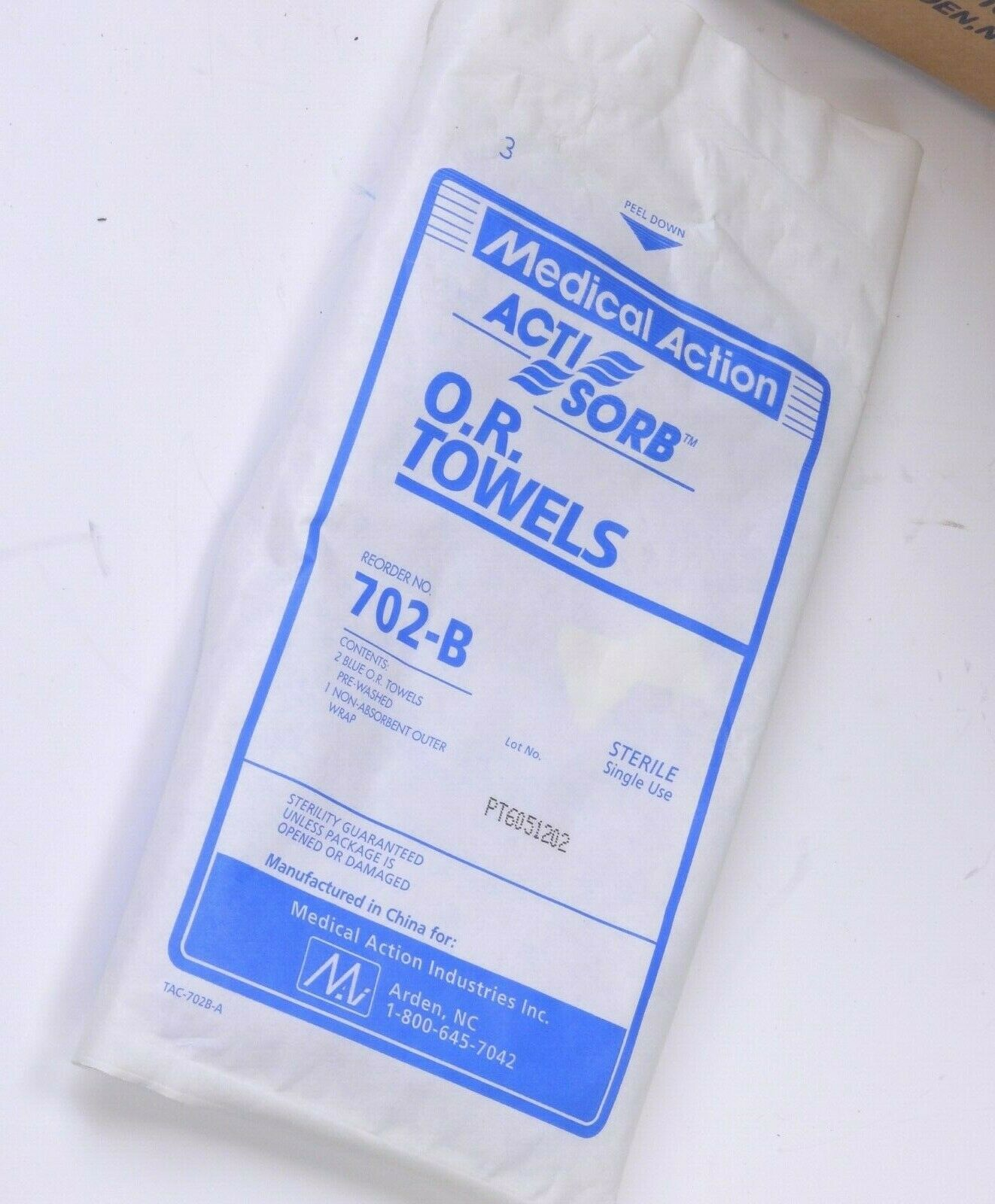 Box of 46 Medical Action 702-B