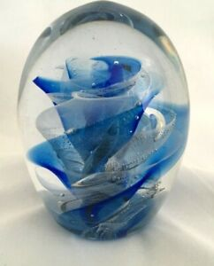 Vintage-Large-Heavy-Hand-Blown-Glass-Paperweight-Cobalt-Blue-Rose-Swirl-Bubbles