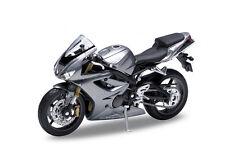 TRIUMPH Daytona 675 Diecast Modelo Motocicleta GW10