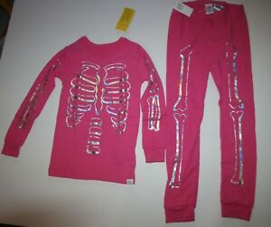 c4967eb29f05 NEW Baby Gap Girls Pink 2 Piece PJs Skeleton Halloween Set NWT 3T 4T ...
