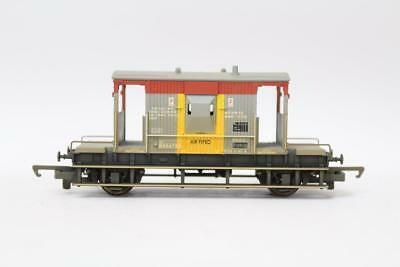 Humorous Hornby R6206a Br 20 Ton Brake Van Wagon Weathered Oo Gauge Rolling Stock F18 Structural Disabilities Oo Gauge Wagons