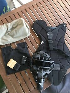 Details about Champro Umpire Mask & chest Protector Brush, Ball Bag And  Clicker
