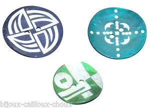 1 BOUTON en NACRE / coquillage au choix vert ou bleu ethnique original button
