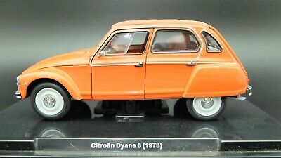 Die cast 1//24 Modellino Auto Citroen Dyane 6 1978