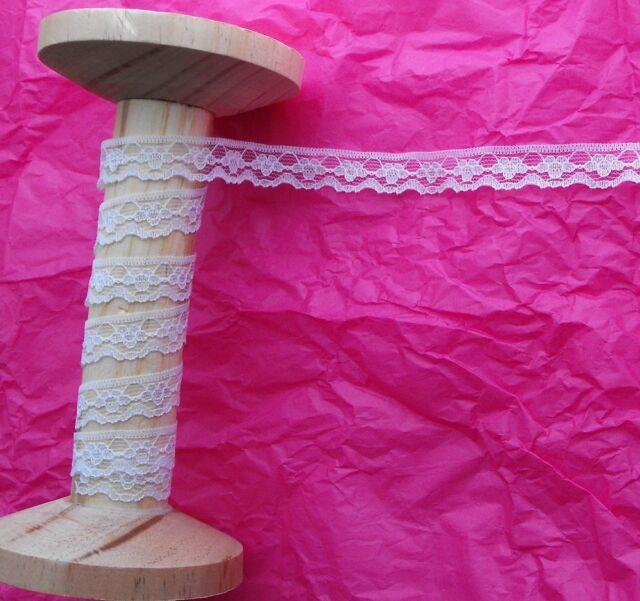 11mm White Flower Chain Scallop Edge Lace Ribbon Trim - Metre