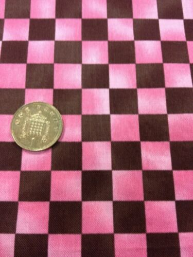 100/% cotton quilting craft Fabric Pink Brown Check Graphix Paintbrush Studio