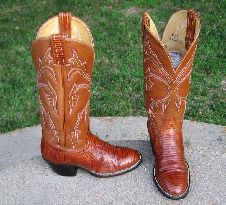 COWGIRL'S   HONDO   EXOTIC  LIZARD   BOOTS  LADIES   4'B