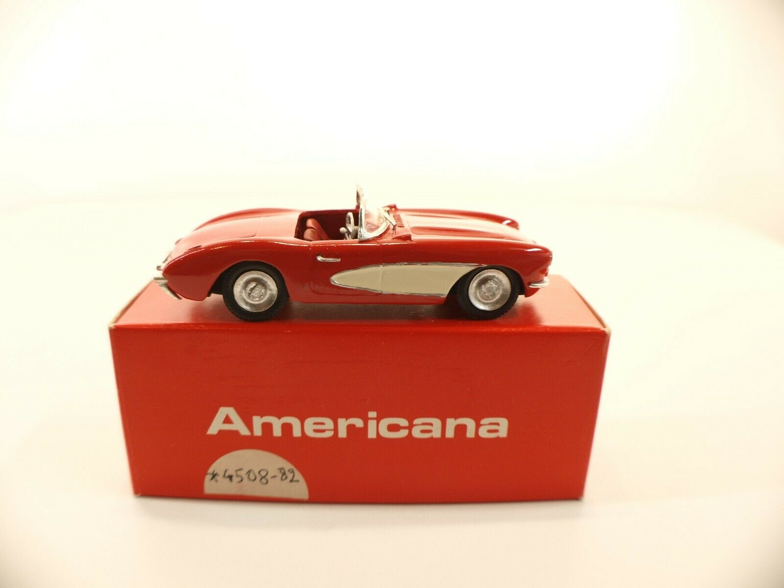 Americana 4a-chevrolet corvette 1956 - 1 43 mounted kit