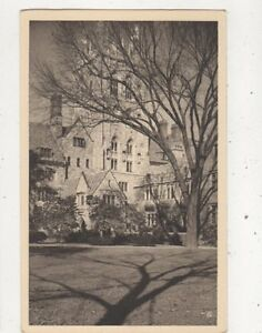 Yale-University-Wrexham-Tower-Saybrook-College-USA-Vintage-Postcard-936a