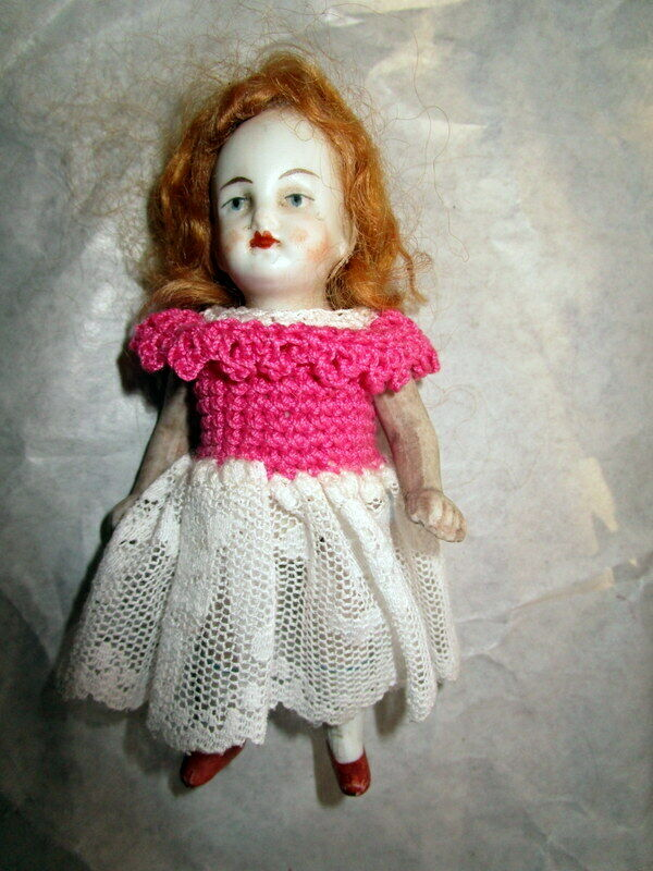 Authentic antique doll haus   doll -bisque  -  Germany ,1900