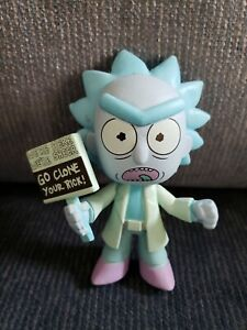 Funko Mystery Minis Rick and Morty Glow GITD Hologram Clone Rick Gamestop Excl