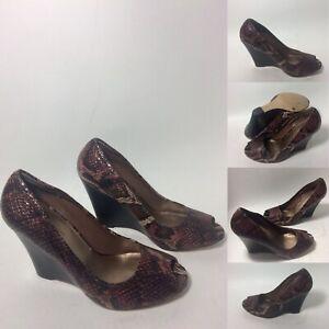 BCBG-Generation-Peep-Toe-Wedges-Snake-Skin-Black-Brown-Beige-Shoes-Womens-Size-8