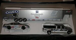 Dale Earnhardt Silver #3 Oreo 1:24 scale Crew Cab Car & Show Trailer Goodwrench