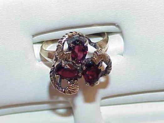 14K 3 Pear Garnet Ring Gallery Under Size 6.75 Yellow gold Antique Vintage