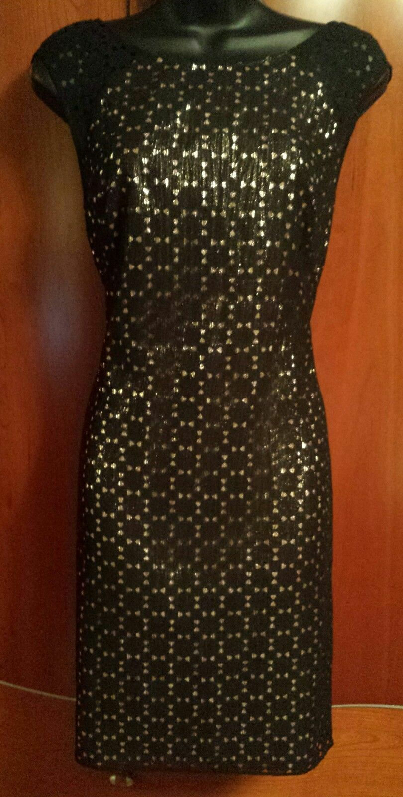 NWOT Phoebe Couture schwarz & Gold Sleeveless Dress Größe 6