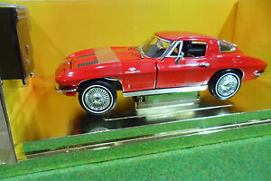 CHEVROLET-CORVETTE-STING-RAY-1963-1-18-AMERICAN-MUSCLE-ERTL-33175-voiture-miniat