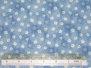 Flowers-roses-cotton-quilting-fabric-Choose-design-amp-size
