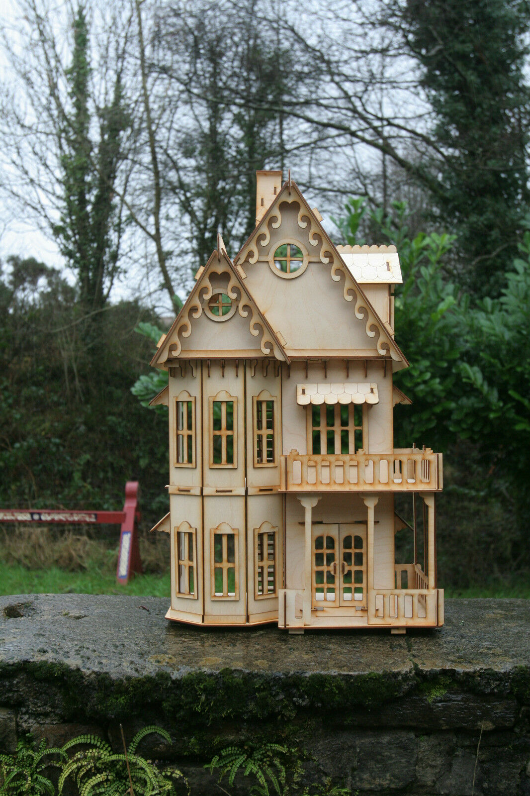 Laser cut ply ply ply wood wooden Dolls house Gothic Villa 3d puzzle / Kit 1a4ea2