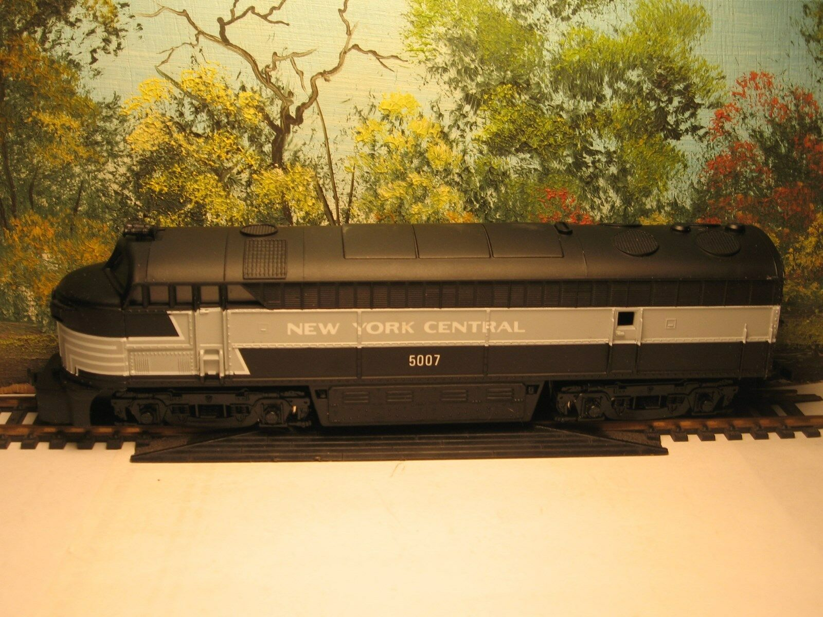 IHC HO SCALE M391 FM DIESEL NEW YORK CENTRAL  5007