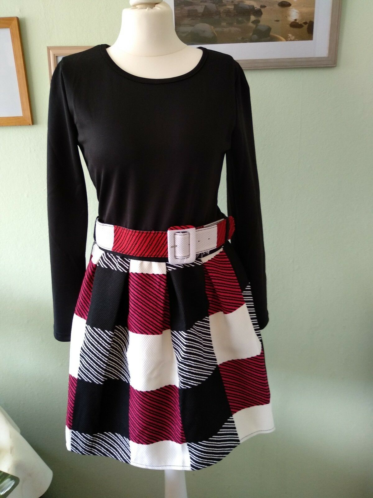 Kleid von Money, Gr. 34, schwarz rot weiß, neu ohne Etikett