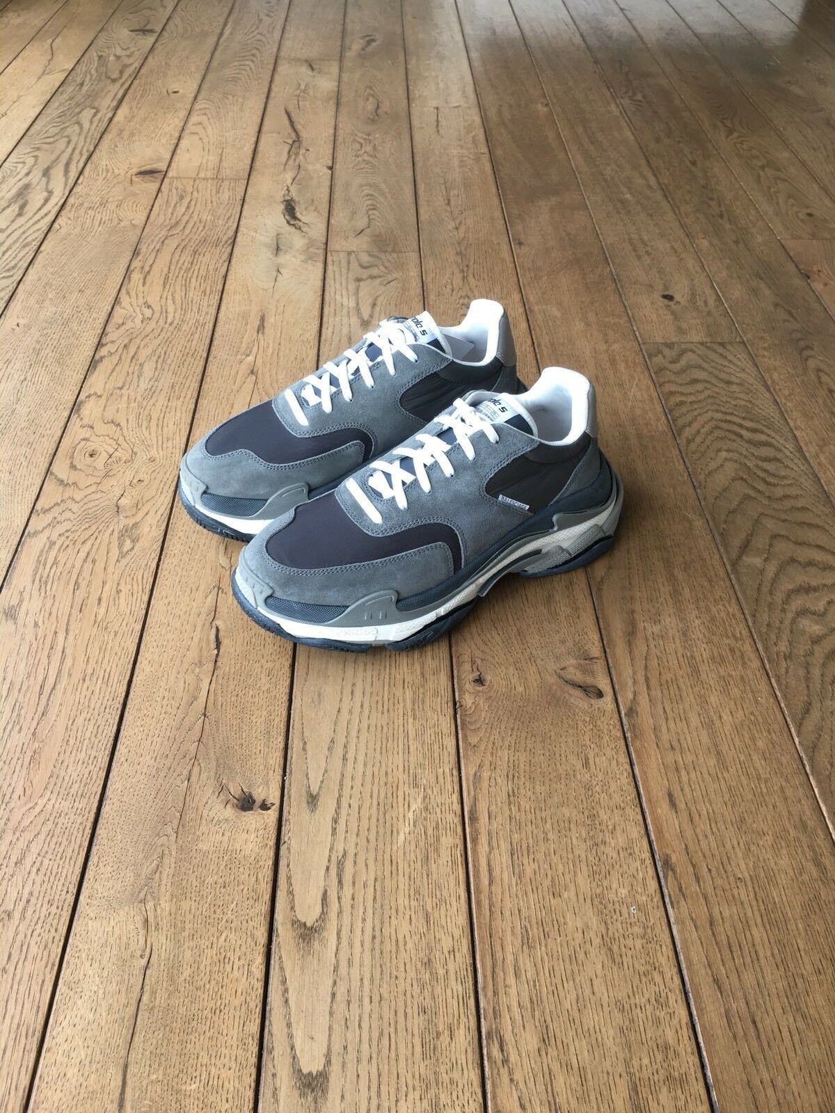 Balenciaga Triple S 2.0 NY - Grey - EU42 UK8