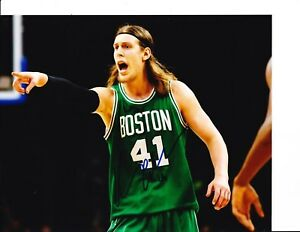 BOSTON CELTICS KELLY OLYNYK SIGNED 8X10