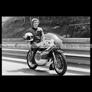 #phm.55683 Photo JARNO SAARINEN PILOTE YAMAHA GRAND PRIX Moto Motorcycle LDwGRdAU-07134019-421375379