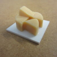 1/12 Scale Dolls House Food Cheddar Cheese On Board Other F173
