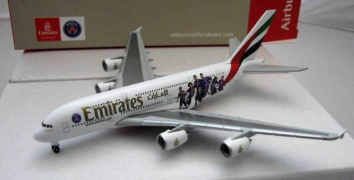 Flugzeugmodell herpa wings 1  500 airbus a380 - 800 (paris st. germain