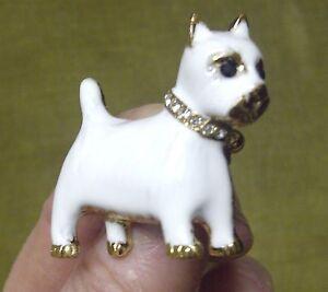 PAIR OF VINTAGE & DESIGNER WEST HIGHLAND WHITE,WESTIE TERRIER DOG PIN BROOCHES