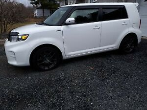 Excellent Condition , 2015 Toyota Scion XB