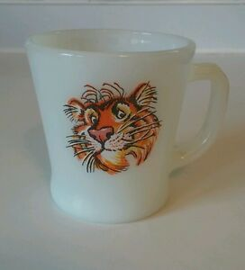 """Vintage Fire King Esso EXXON Tony The """"Tiger in Your Tank ..."""