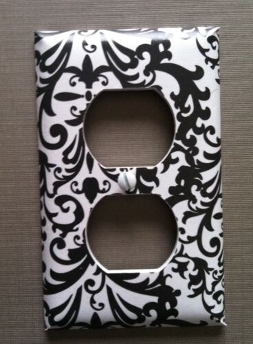BLACK AND WHITE DAMASK LIGHT SWITCH COVER PLATES COUNTRY ROOM DECOR CLASSY LOOK