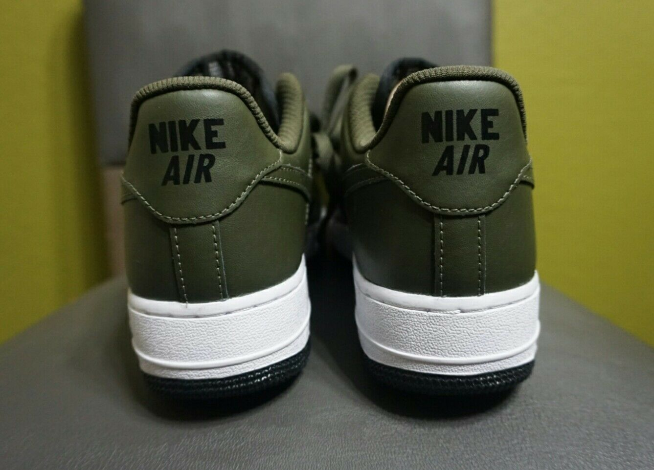 factory price b915d 9d87c ... NIKE AIR FORCE 1 07 315122-111 SIZE SIZE SIZE 6.5 PINE GREEN   BLAC ...