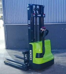 Fully Powered Straddle Stacker 72 Mast Height, Ideal Back Room Unit Canada Preview