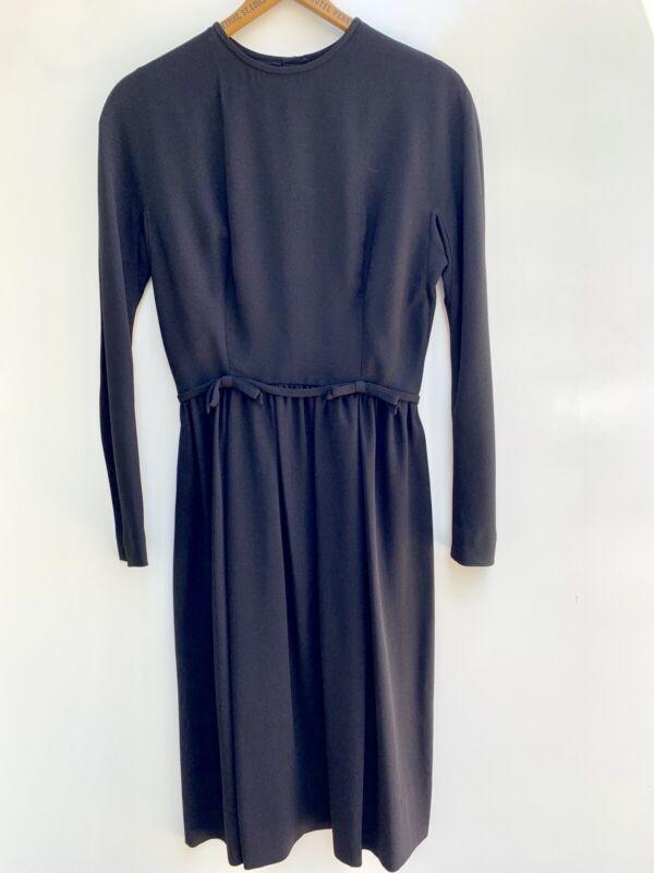 1950-60s Lanz Vintage Kleid ~ Jet Schwarz Enganliegend Mantel W / Schleifen Pin Ein Kunststoffkoffer Ist FüR Die Sichere Lagerung Kompartimentiert